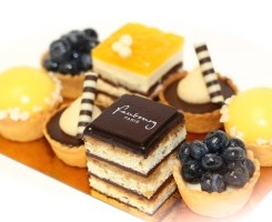 assorted-cakes_03